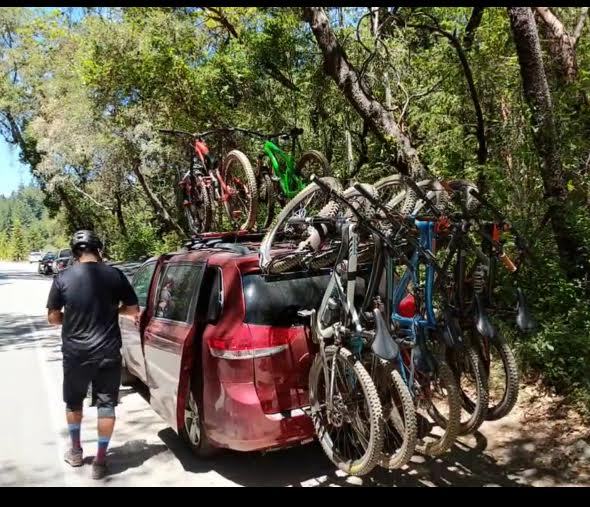 How many bikes are you packing together for shuttles?-0.jpg