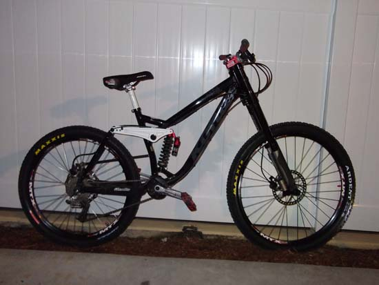 What Does your DH Bike Weight? Post' em Up ! !-001.jpg