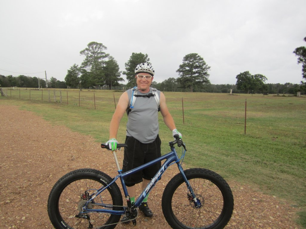 World's Biggest Weight Weenie get's a FatBike!-001.jpg