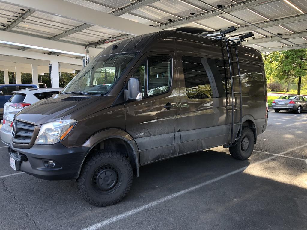 Adventure Van Envy-002.jpg
