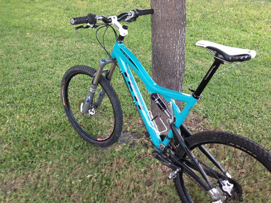 Show us a picture of your 26er MTB that you still use on the trails-002.jpg