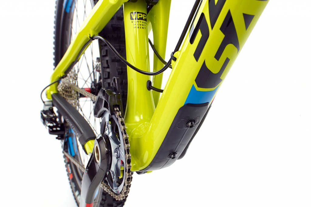 Bronson Small - Second Cage Mounts?-0021427_santa_cruz_bronson_carbon_r_am_650b_mountain_bike_2013.jpg
