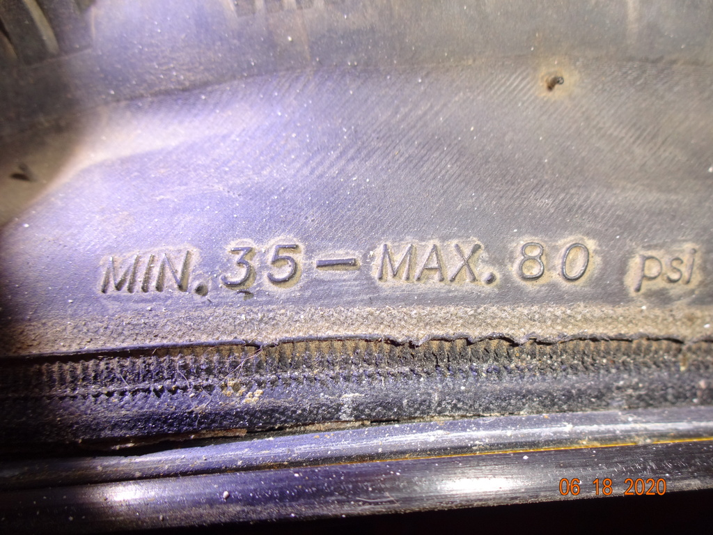 Pressure for fat road tires?-003.jpg