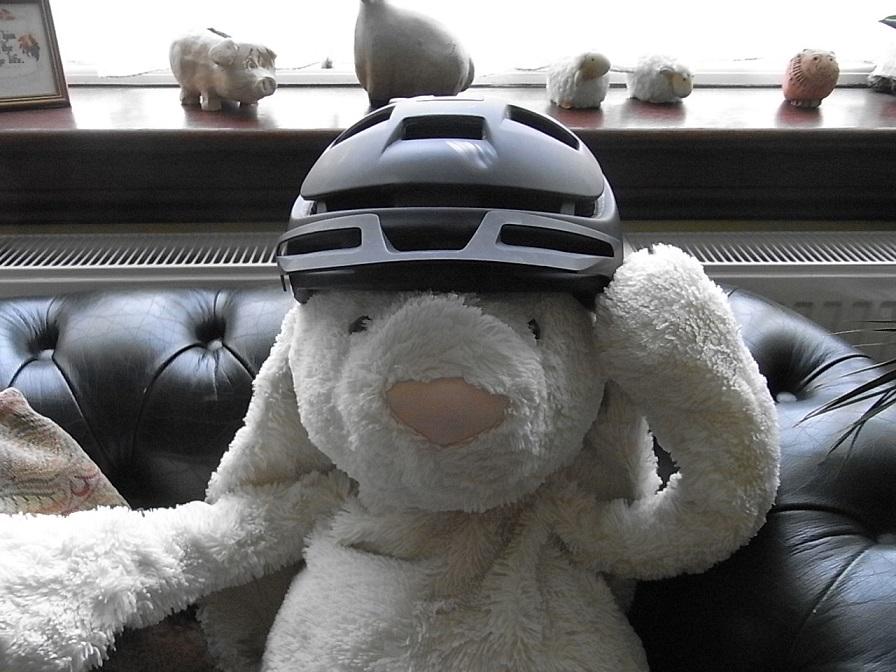 Trail helmets-004-3-.jpg