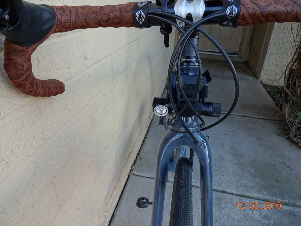 Flash light bike mounts-007.jpg