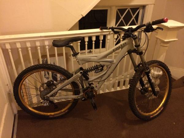 looking to buy a dh or freeride bike  is this a good bike-00c0c_ctlk4xsrlrp_600x450.jpg