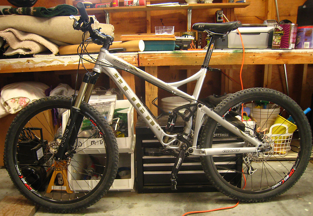 Your Entry Level MTB (Pics and Upgrades)-01-giant-reign3.jpg
