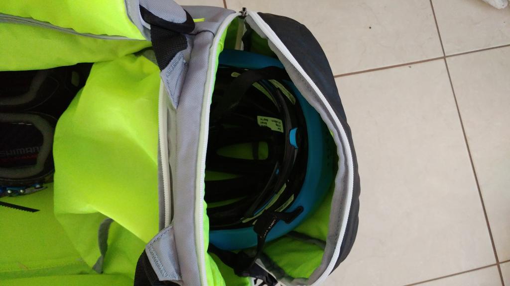 Best MTB Gear Bag.......-0114171154_burst01.jpg