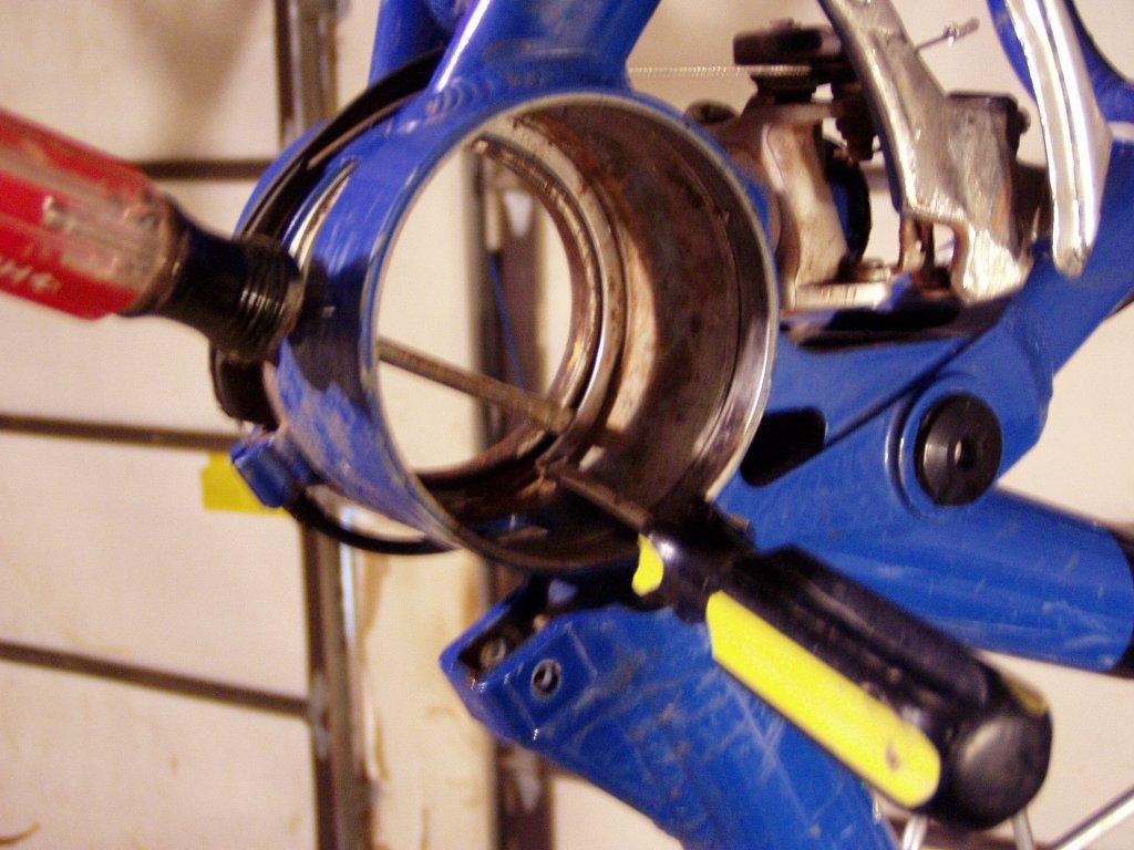 Older I-drive sealed bearing pivot Maintenance pics-012008-021.jpg