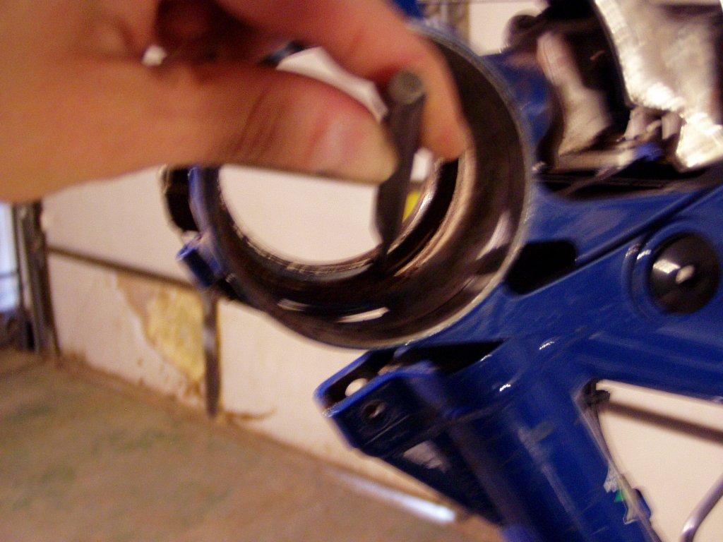 Older I-drive sealed bearing pivot Maintenance pics-012008-022.jpg