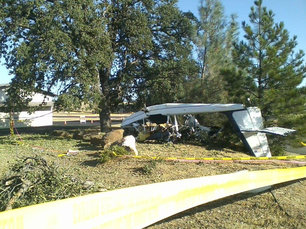 Small plane crash Pine Mtn Lake-016.jpg