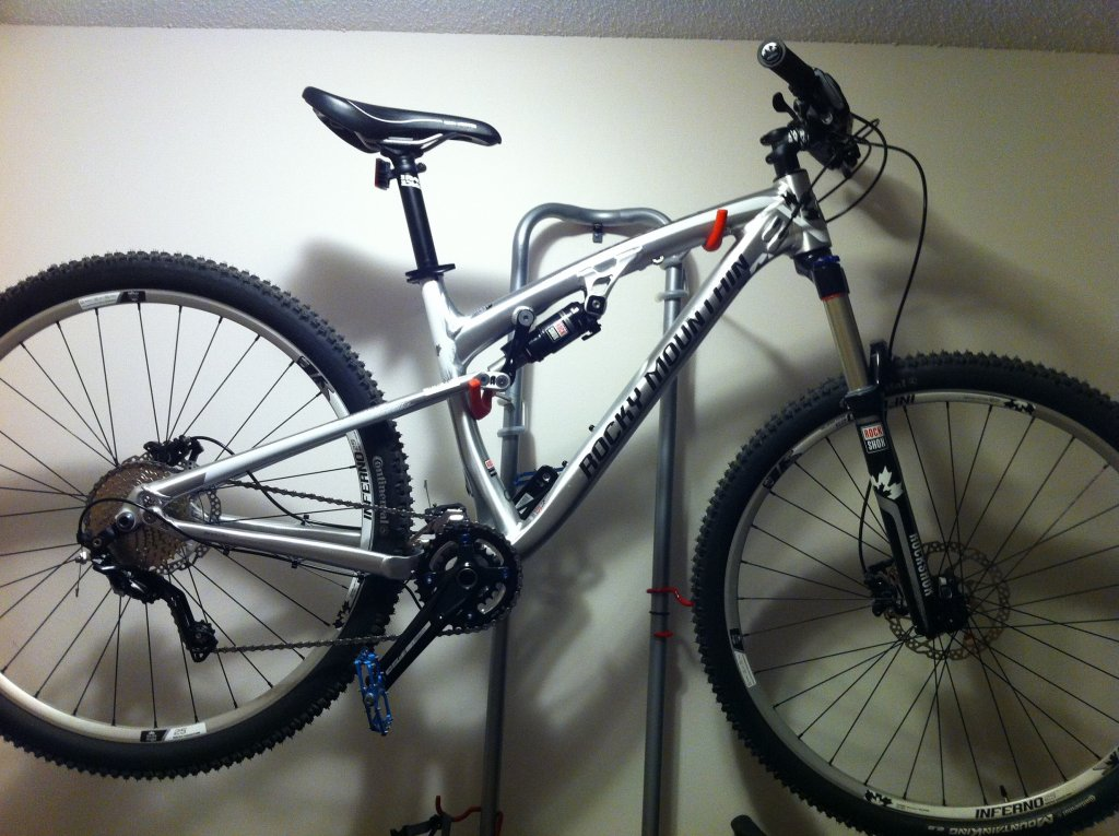 Post pictures of your quiver/stable/bikes/etc...-016.jpg