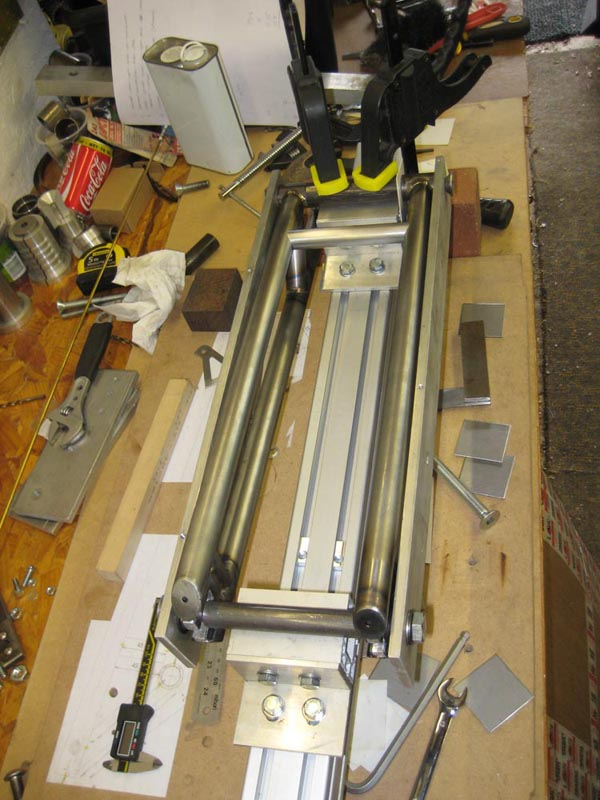 WMW - 2nd frame - 1st TIG welded-04-wmw-swing-arm-jig-2.jpg