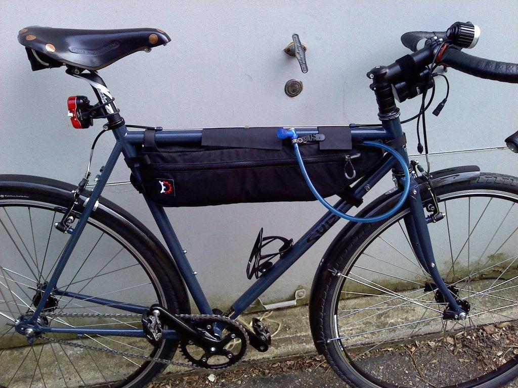 Brief Review: Revelate Designs Tangle Bag (Pics!)-0410031539.jpg
