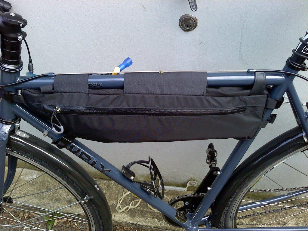 Brief Review Revelate Designs Tangle Bag Pics 0410031540 Jpg