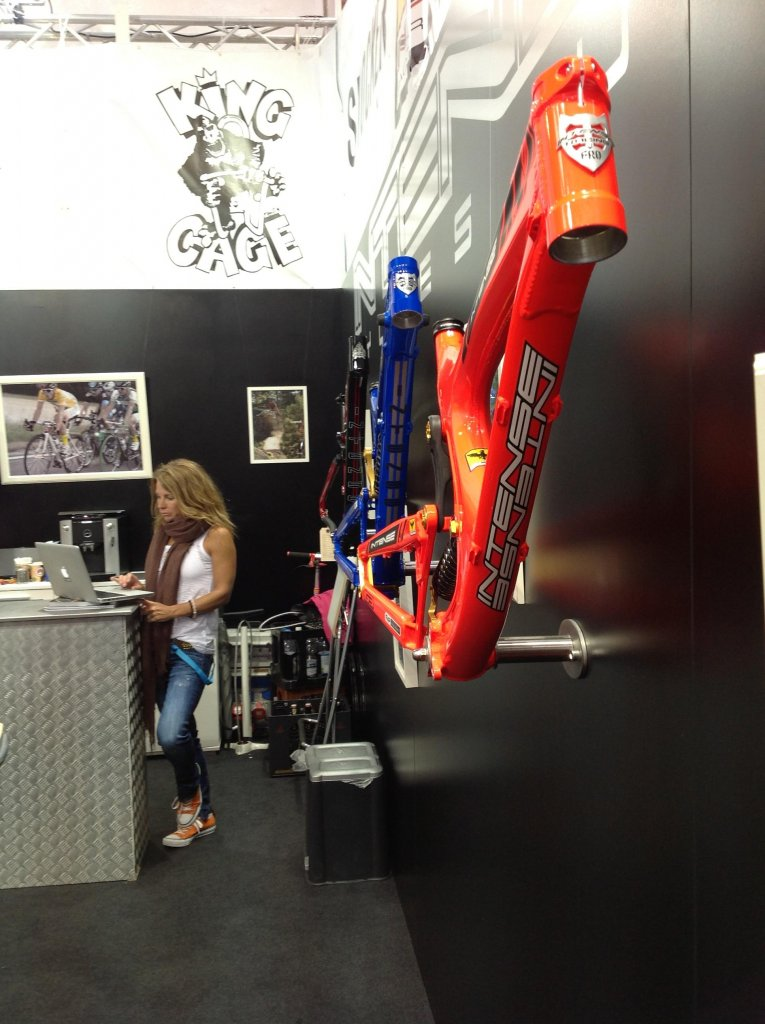 Intense cycles at 2013 eurobike-05.jpg