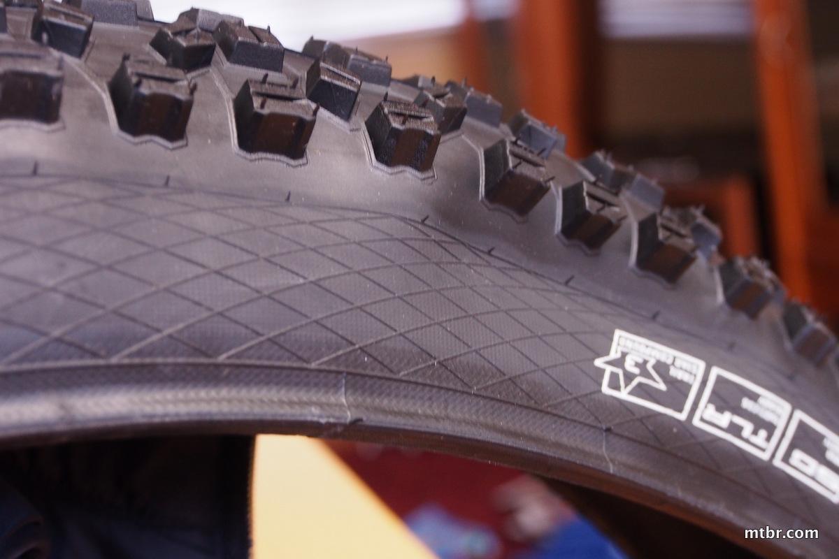 Schwalbe Hans Dampf Super Gravity Tires 650b sidewall