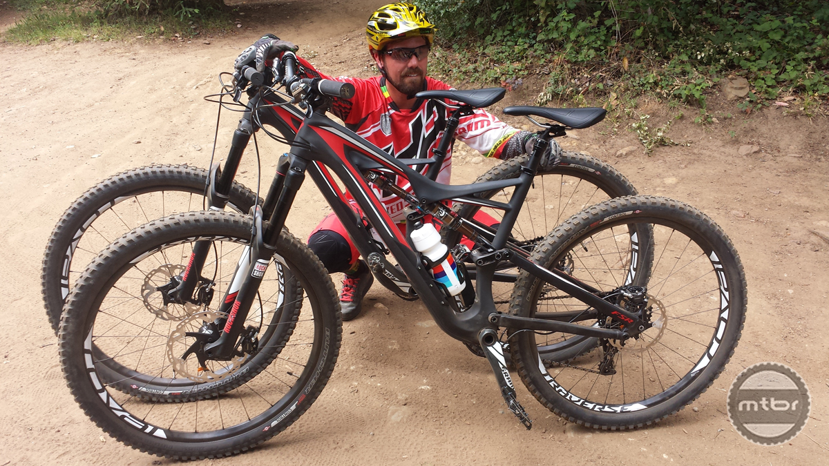 Lars Thomsen of Trailhead Bikes puts the 650b version in front of the 29er for comparison.