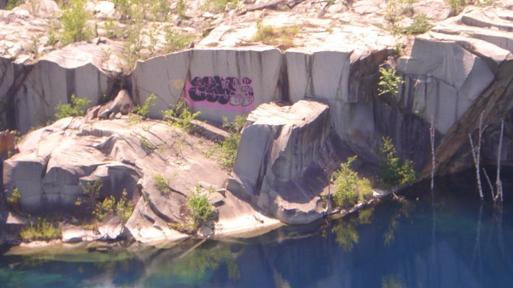 Graffitti....seen any....Post some Pics..-080.jpg