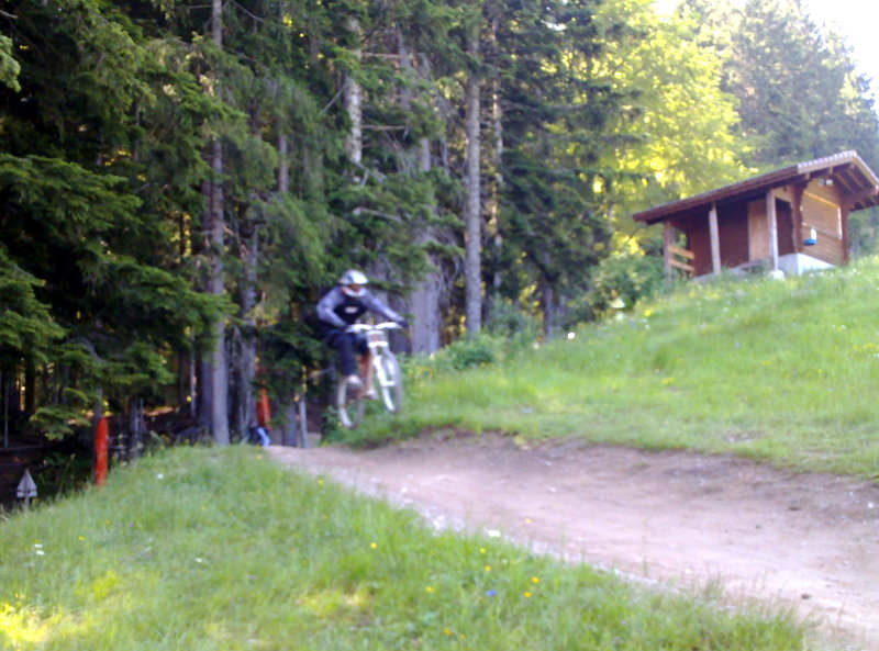 Some pics&clips from Morzine france-08072010229.jpg
