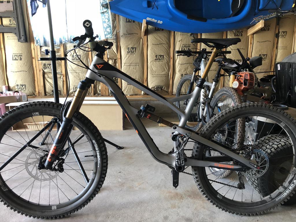 Jeffsy Picture Thread (all wheel sizes welcome)-0d1fa265-ec1d-4763-85d8-9b2d964d79fe.jpg