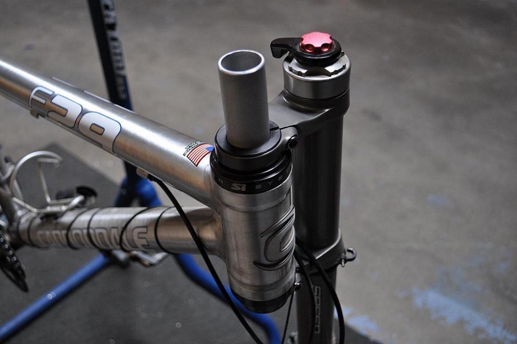 lefty stem options-1.125-cannondale-steerer-installed.jpg