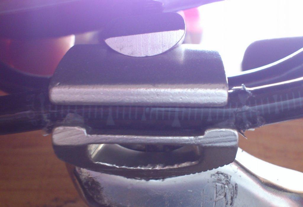 Review: eBay Full Carbon Saddle (SD-005)-1-2013-03-17-10.59.30.jpg