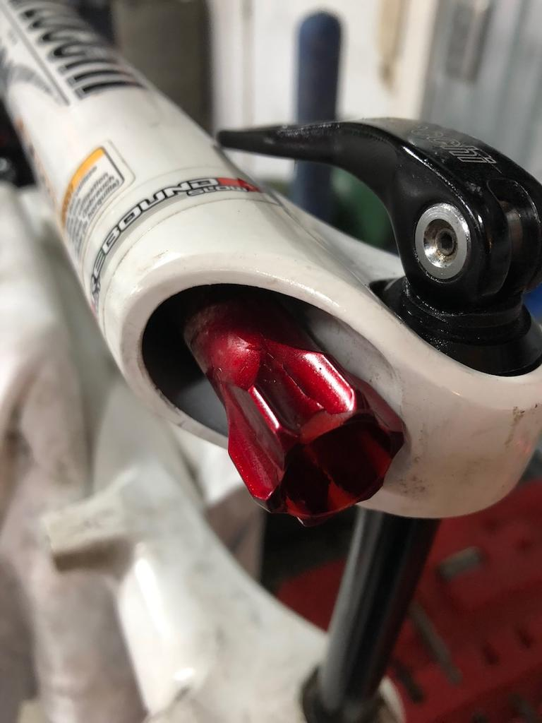 """Disassembly help with Marzocchi suspension (model 2011 """"TST2 Air"""")-1.jpg"""