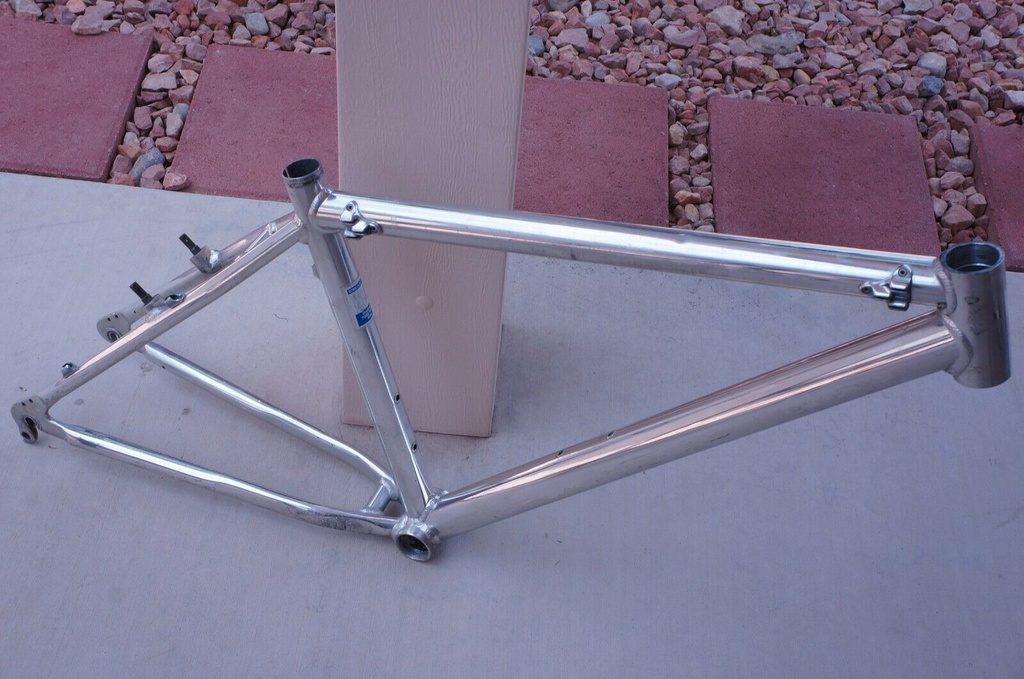 What bike brand and model can this frame be?-1.jpg