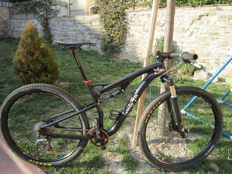 Dual Suspension Chinese Carbon  29er-1.jpg