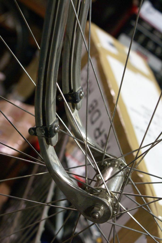 Clues about Surly's newest (fat?)bike-1.jpg