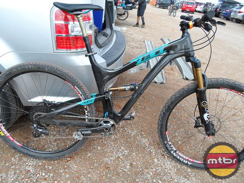 Yeti SB95 Carbon