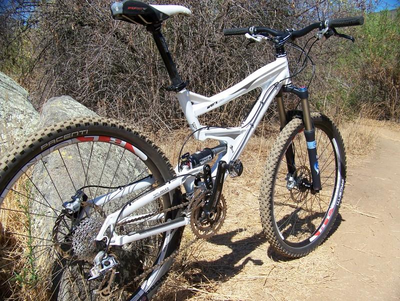 Dual Suspension Haro Mtb >> Haro Bikes Bringing 650b Equipped All Mountain Bikes To On Dirt Demo