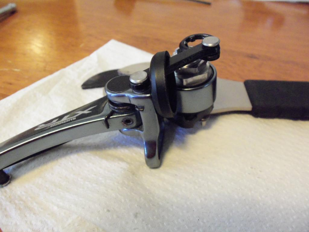 How to service XTR V brakes.-100_0544.jpg