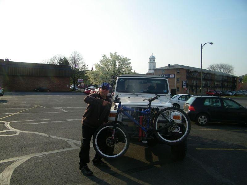 Three Bikes On A Jeep-100_0701.jpg
