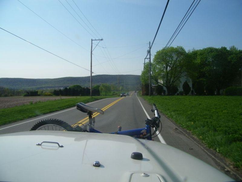 Three Bikes On A Jeep-100_0707.jpg