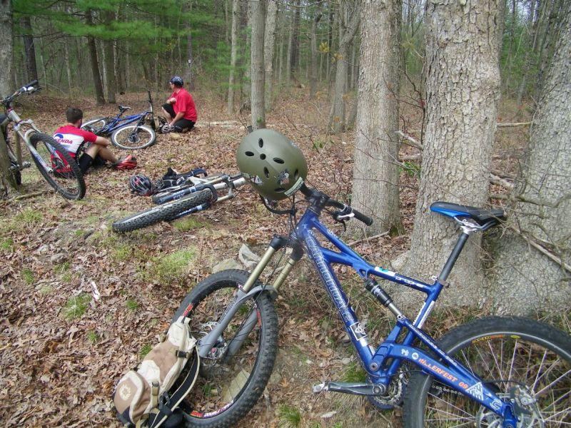 Three Bikes On A Jeep-100_0820.jpg