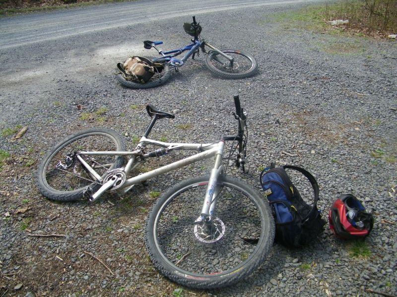 Three Bikes On A Jeep-100_0840.jpg