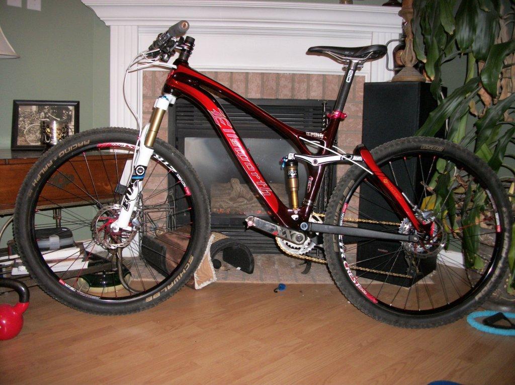 New Ride  Ellsworth Absolute Truth-100_1104.jpg