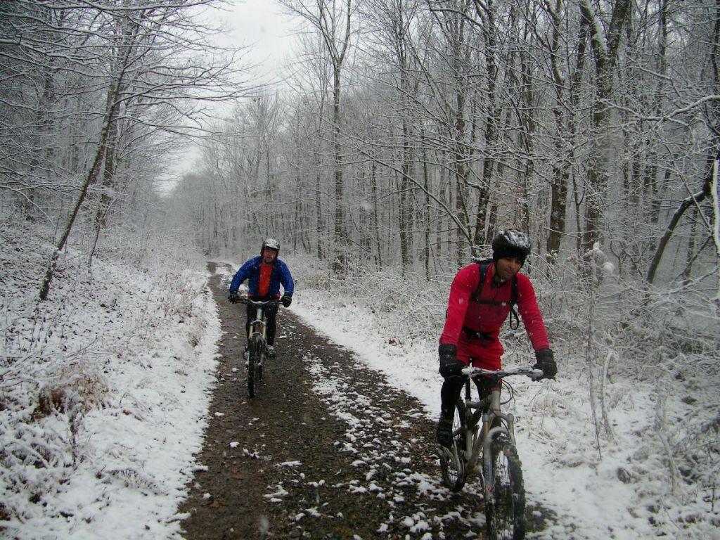 First Snow Ride........-100_1333.jpg