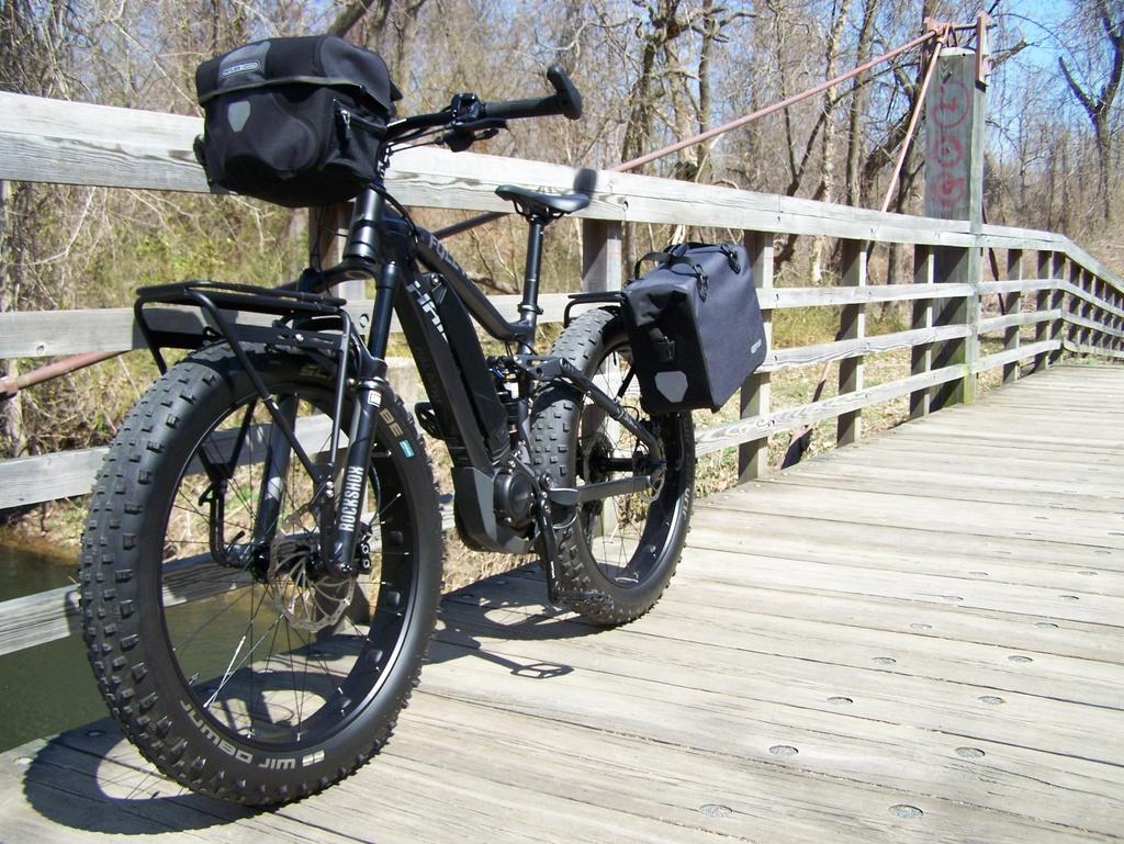 Get the pack mass lower on a full suspension bike?-100_3812.jpg