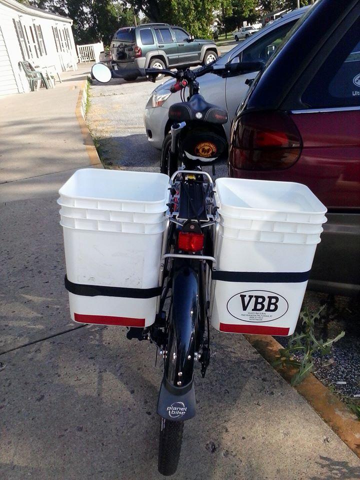carrying cargo, on a normal bike.-1010307_198386016986481_845439526_n.jpg