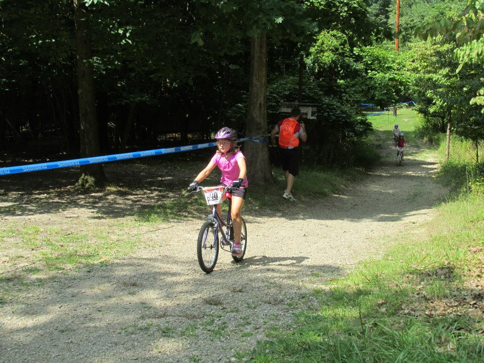 Kid's Mountain or Road Bike Ride Picture Thread-1011557_657428194282230_1679245911_n.jpg