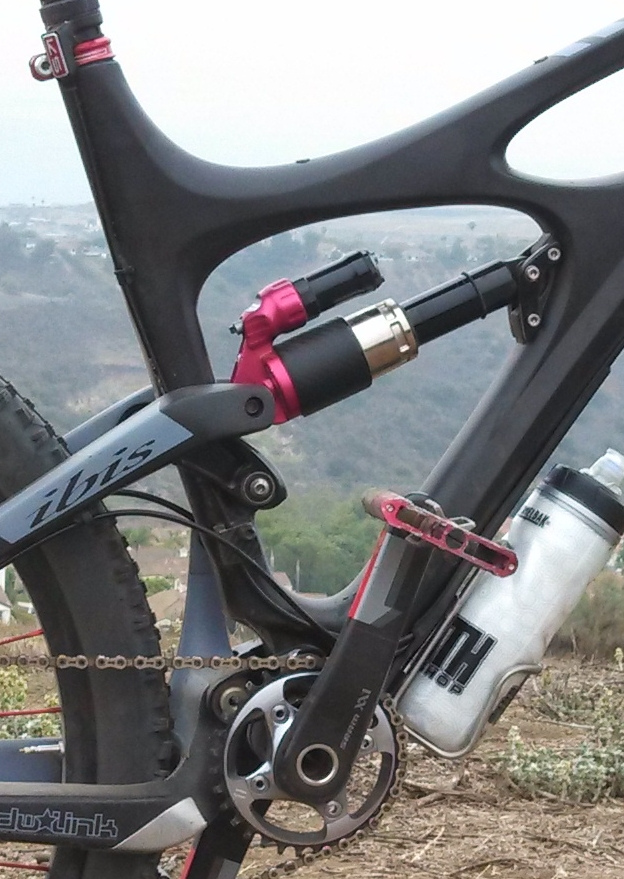 Stealth Reverb Routing WITH water bottle cage-10142496194_3b1d4678a4_b.jpg