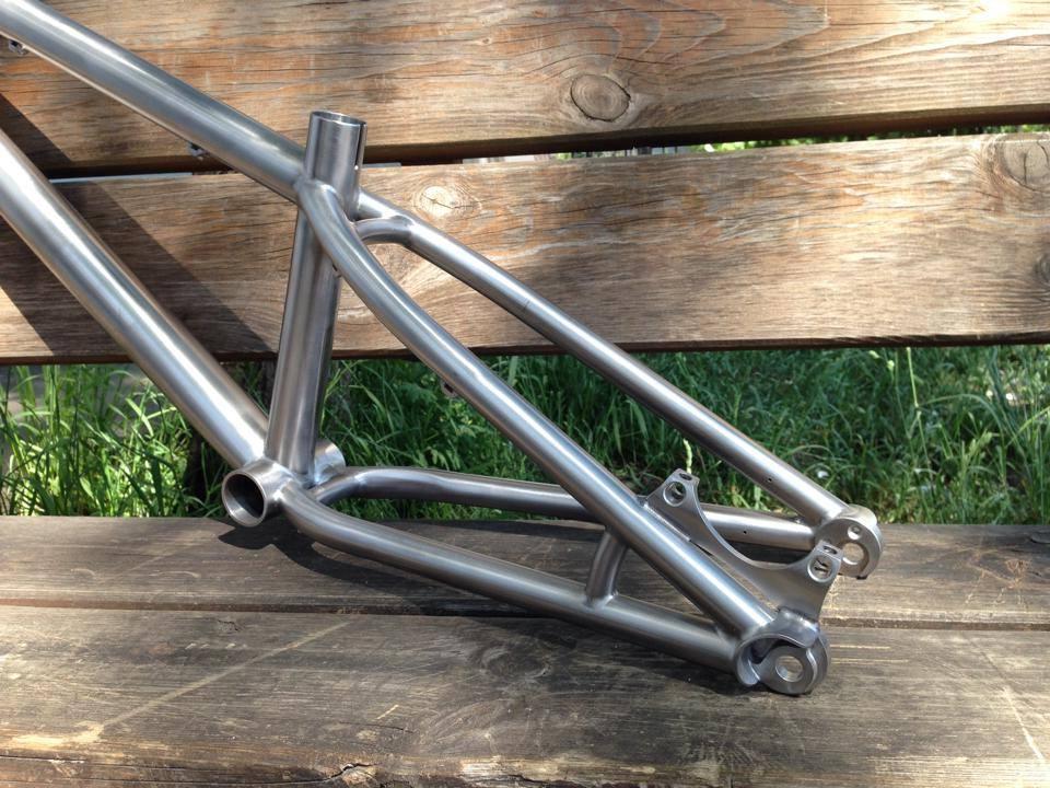 Triton Bikes. Titanium frames handmade in Russia. Anyone? :)-10340011_751342354899270_1516428550510981556_n.jpg