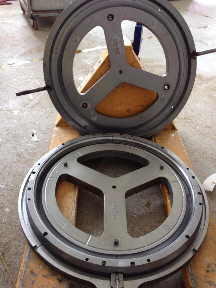 Nextie-Bike carbon rims-10559878_1534045590148990_757829146282625787_n.jpg