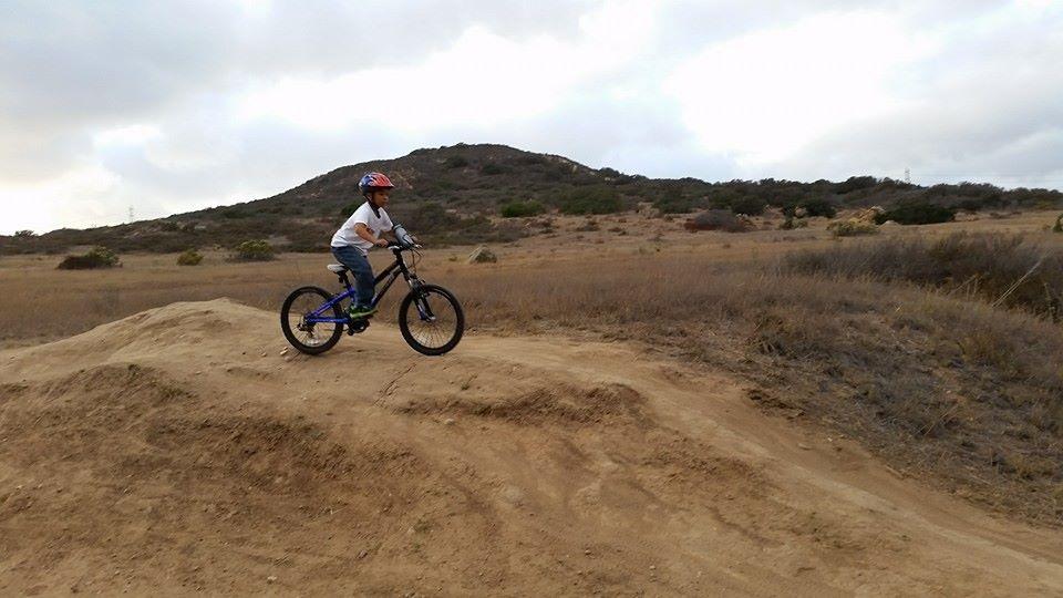 Kid's Mountain or Road Bike Ride Picture Thread-10671413_10205084791947945_3939115799814621076_n.jpg