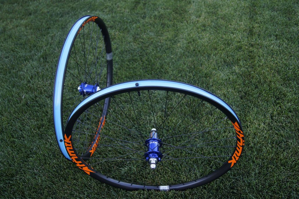 Lets see some blinged out wheelsets..I9,CK,Hope..anything goes!-10714402_1499653890291085_3150406762240042476_o.jpg