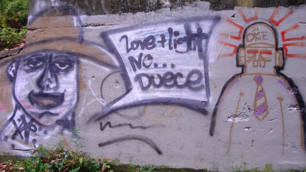 Graffitti....seen any....Post some Pics..-109.jpg