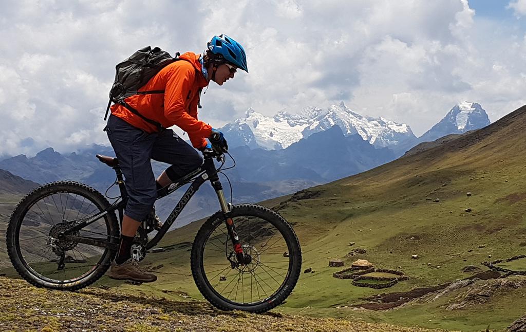 Biking in Peru-10nuggy-sirijuaniview20171108_105114.jpg